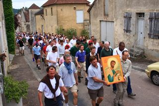 Vezelay 2010 - procession2